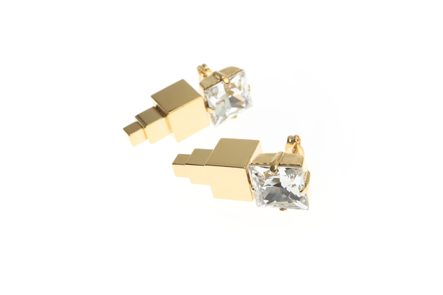 Large earrings with triple cube pendant