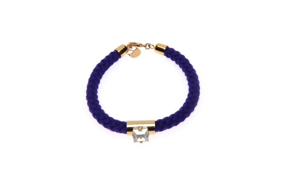 SINGLE CORD BRACELET WITH SQUARE