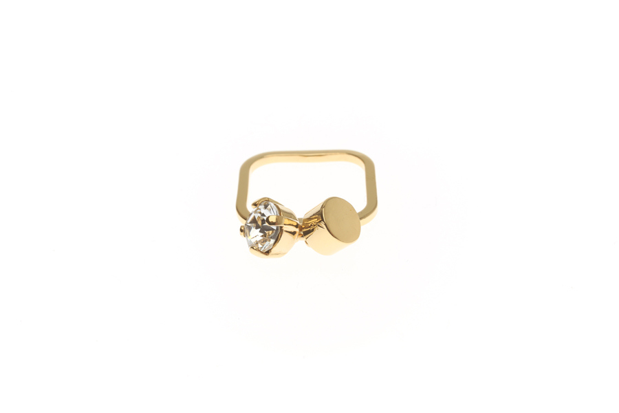Superfine ring with fluttering tube & crystal