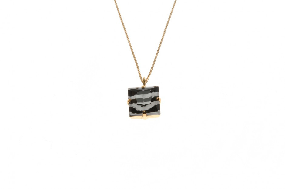 Fine necklace with wild square