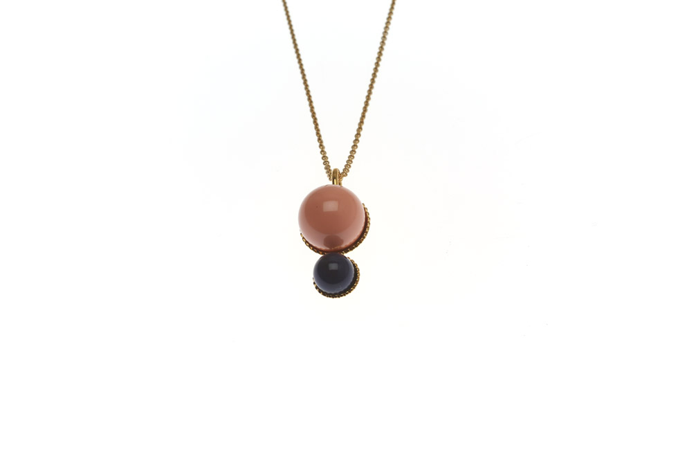 Necklace With Pearl Duo