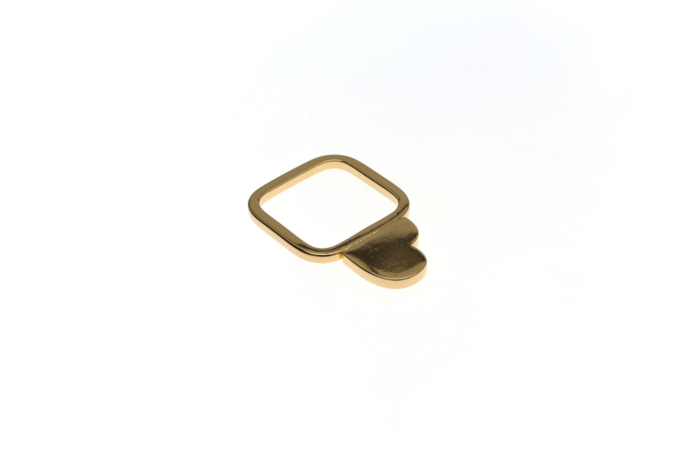 Fine ring with heart