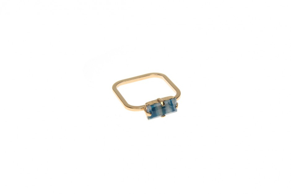 Superfine ring with crystal baguette