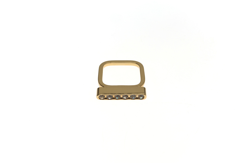 fine ring with light brick small