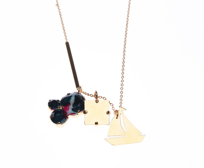 NECKLACE WITH 3 PENDANTS