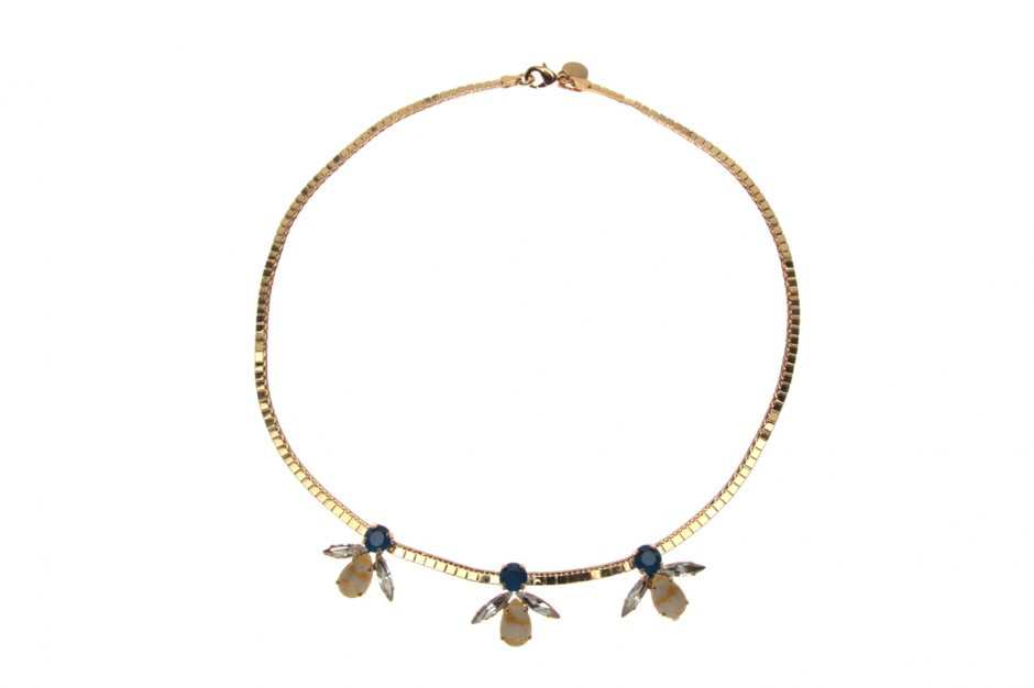 Fine necklace with 3 bees