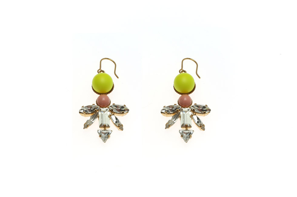 Earrings With Winged Dart And Pearl