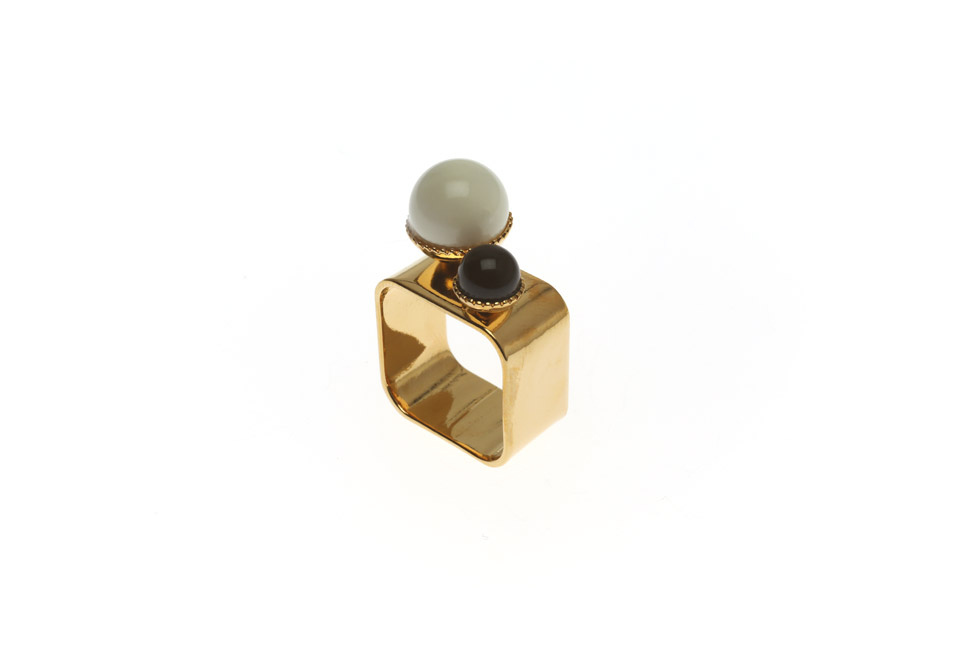 Wide ring With Pearl Duett