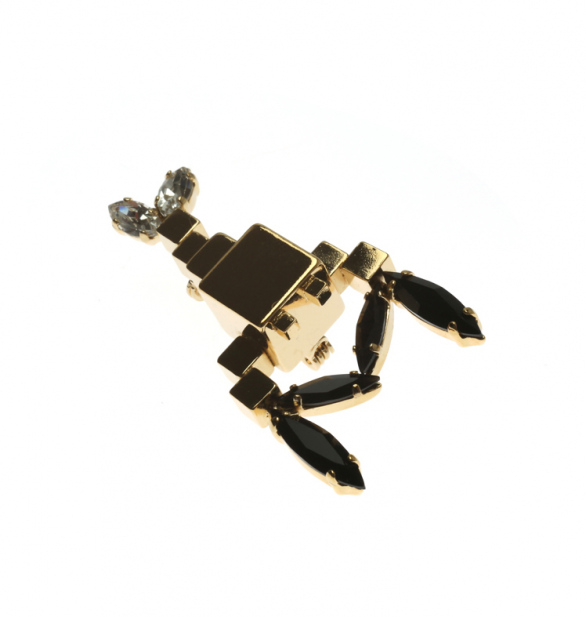 Super lobster broach