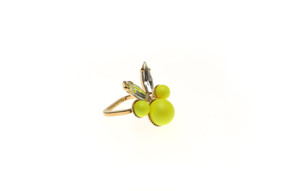 Fine Ring With Pearl Bunny