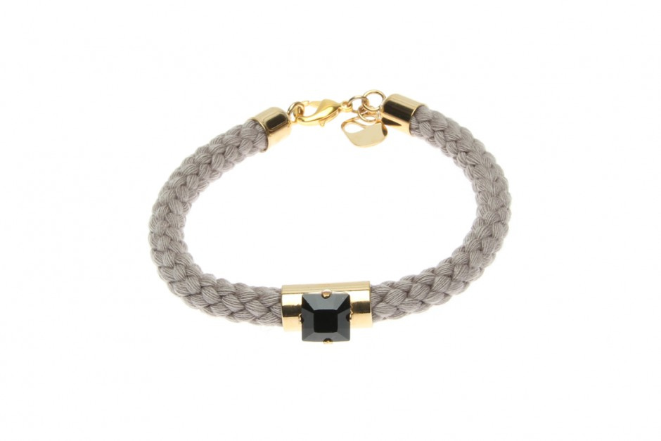 SINGLE CORD BRACELET WITH BLACK SQUARE