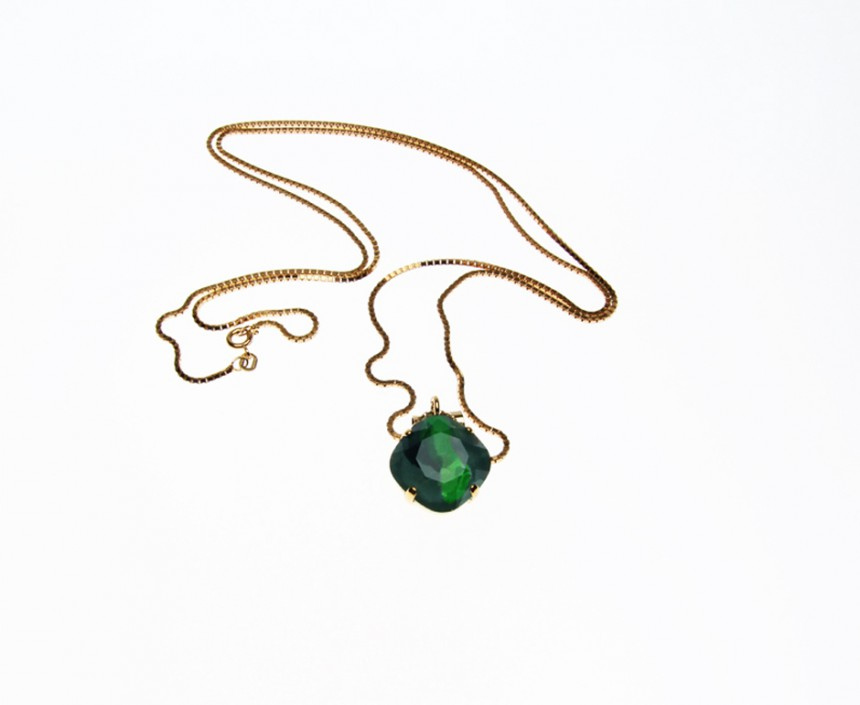 NECKLACE WITH 1 PENDANTS