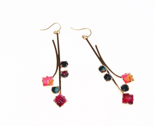 PAIR OF DROP EARRINGS