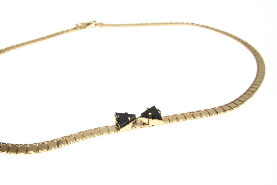 NECKLACEWITH BOW