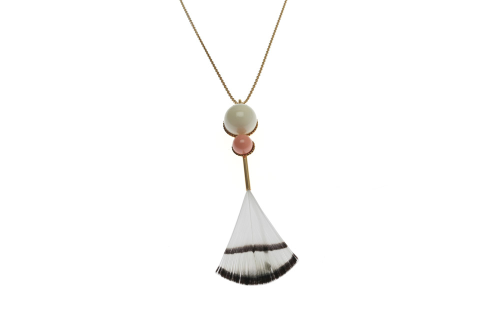 Necklace With Pearl Duo And Feather