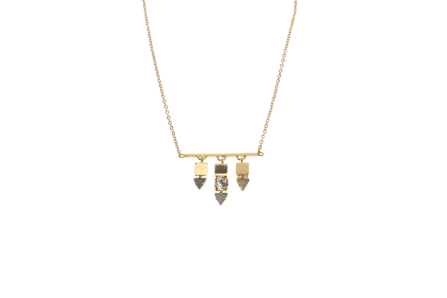 Fine necklace with fluttering dart trio