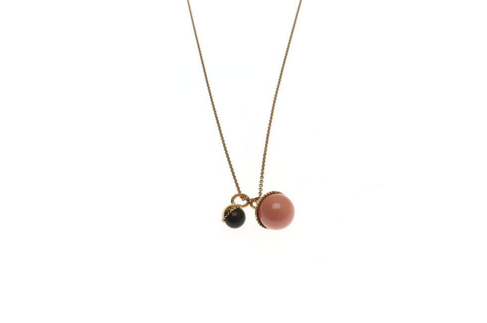 Fine necklace with pearl duett